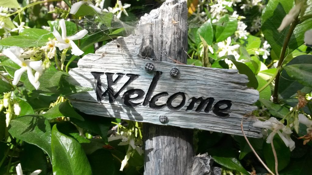welcome-sign-760358-scaled.jpg